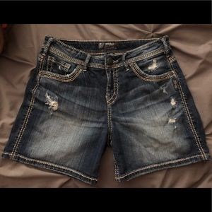 Silver Jeans brand jean shorts 29